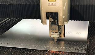 20.0mm碳鋼激光切割